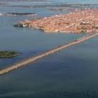 Un immagine di Venezia e il ponte della libertà
